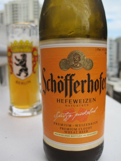 Schofferhofer Weizenbier label